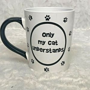 Only My Cat Understands Tumbleweed 4.5″ Black & Wh